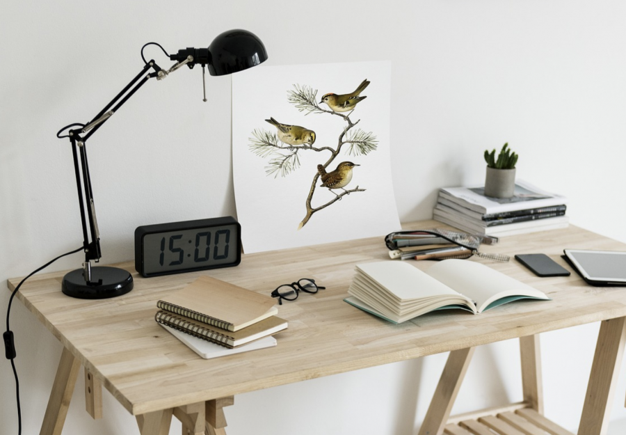 5 Desk Clocks Perfect For Your Office Watchshopping Com
