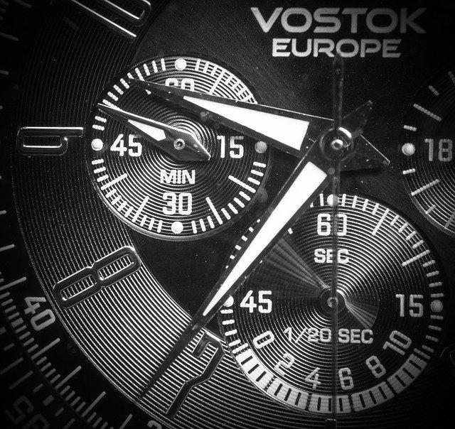 quartz watches functions