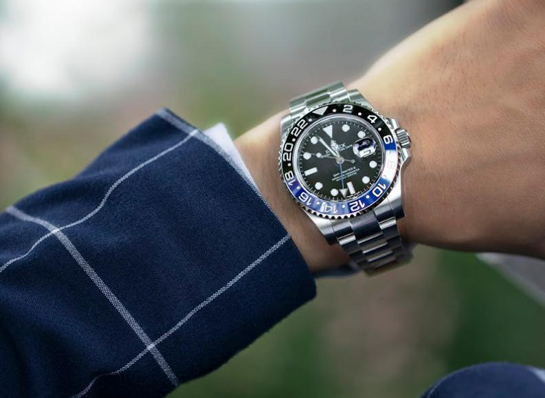 Luxury Watches That Can Benefit World Travelers