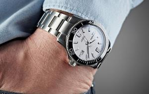 What Are Microbrand Watches?