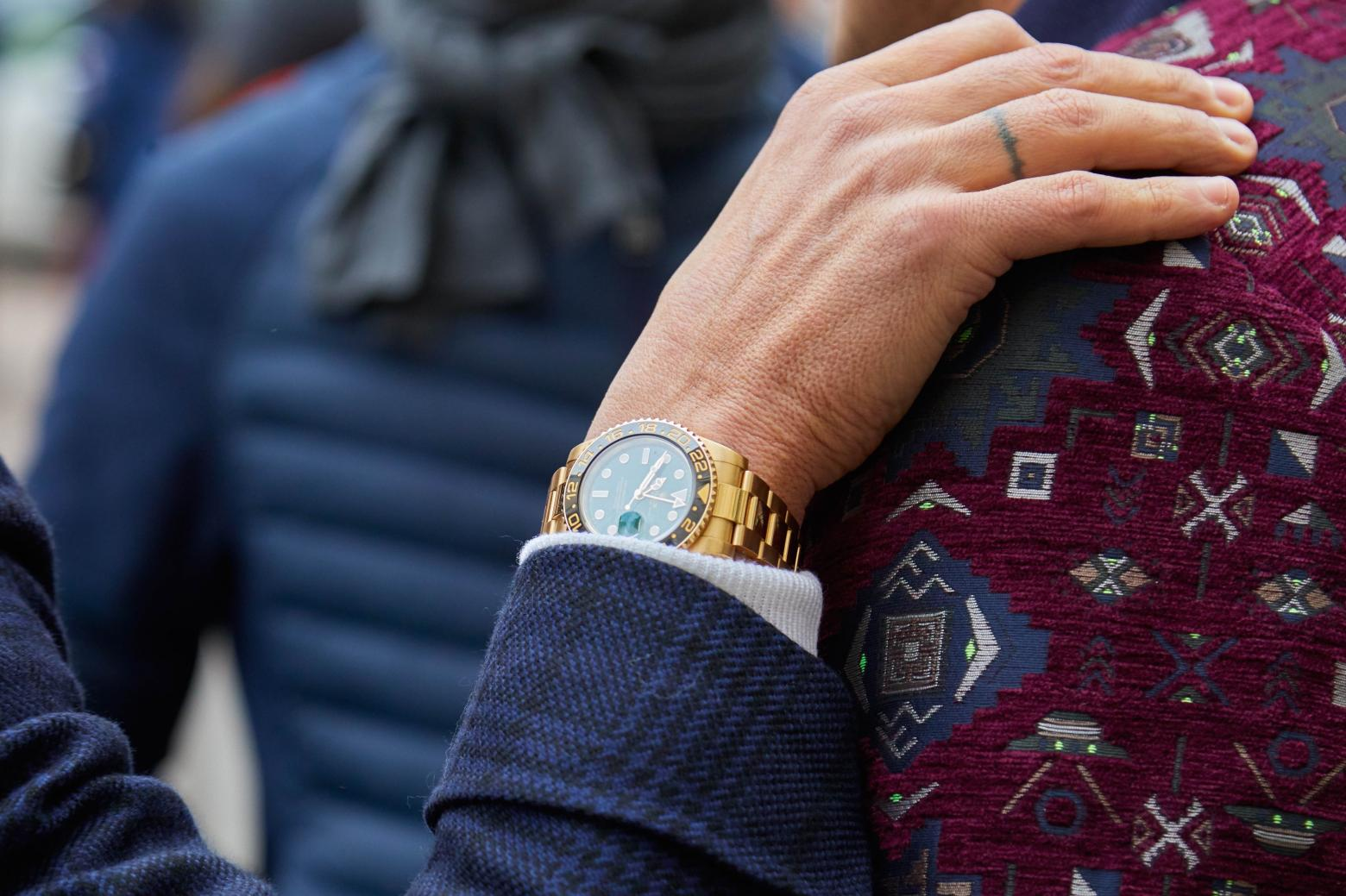 Best Gold Watches for Men in 2021