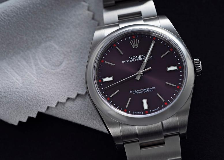 Closer Look at the Rolex Oyster Perpetual