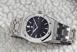Watch Guide: 10 Best Men's Watches