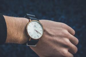 7 Minimalist Watches for Men