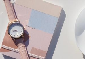 7 Most Beautiful Minimalist Watches for Women