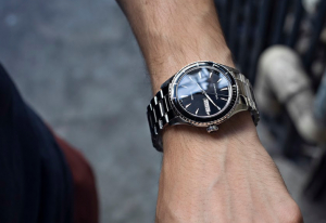 8 Tips for Traveling with Your Watches