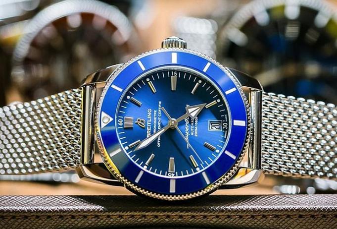Deep Dive of Breitling Superocean Watches