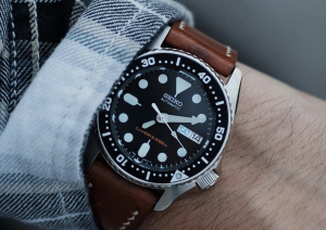 Closer Look at Seiko SKX013