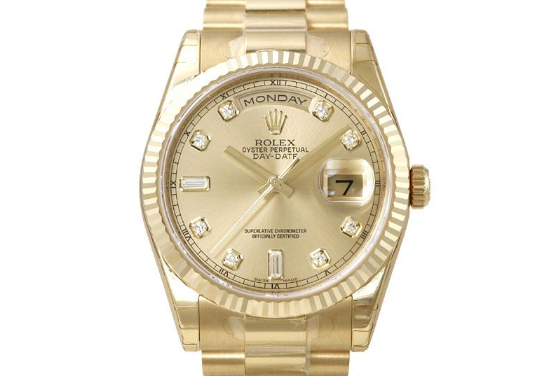 6 Yellow Gold Watches That Continue to Shine
